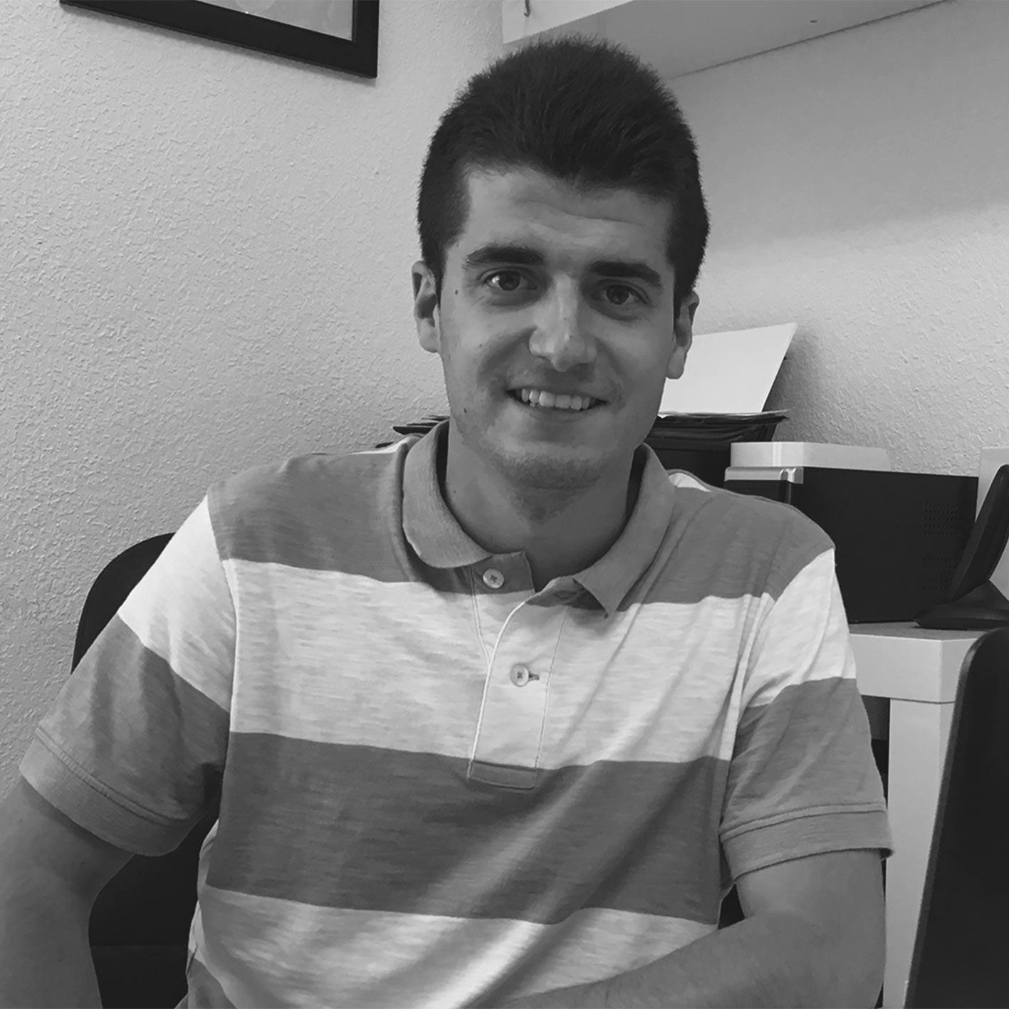 Adrián Reyes Manuel Navarro Arquitecto